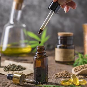 Essential Oils & Carrier Oils